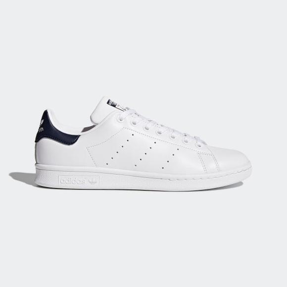 7b6630c0e1c770 adidas Shoes - Adidas Stan Smith (white black)